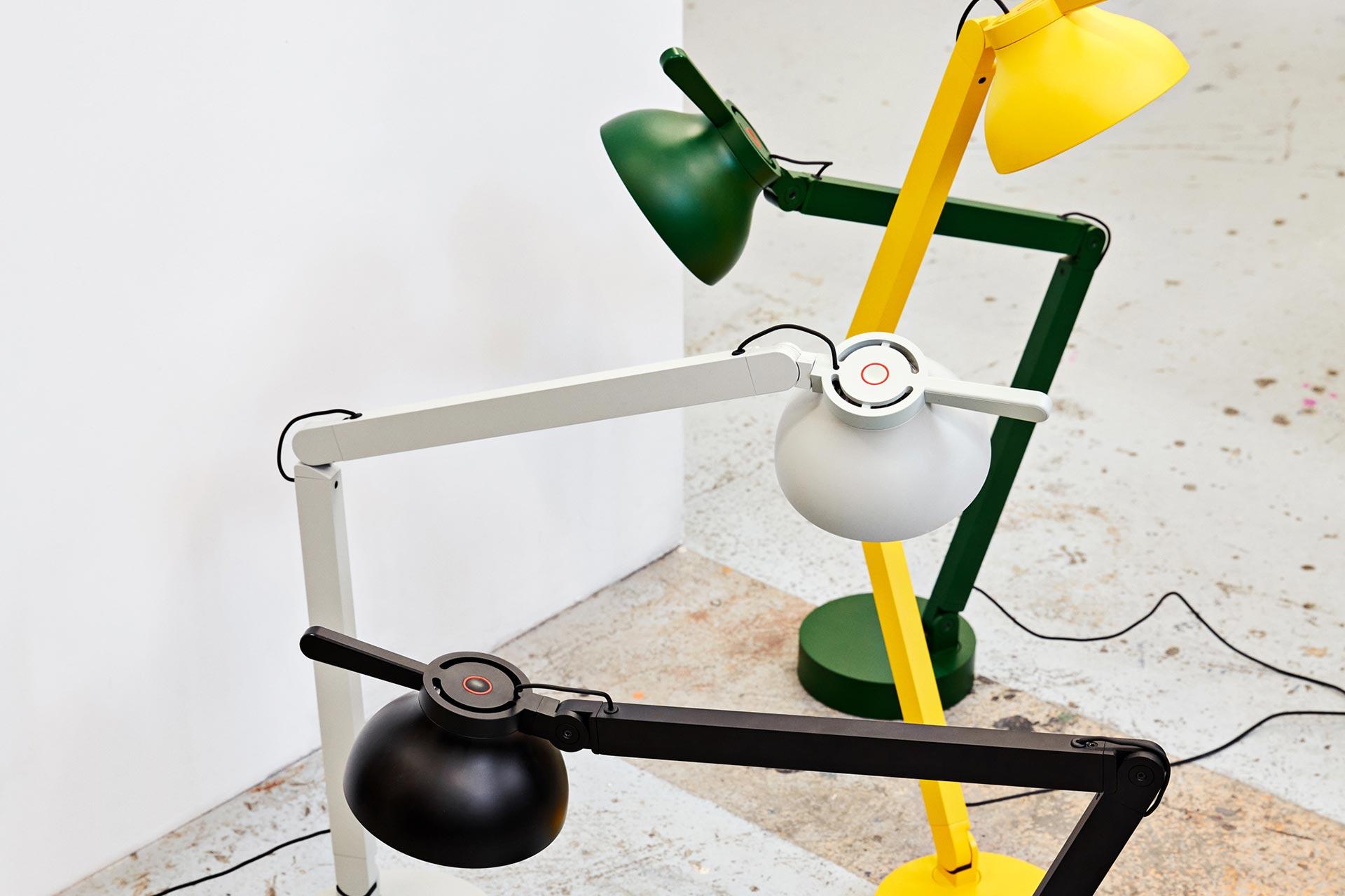 kantoorinrichting: bureaulamp1