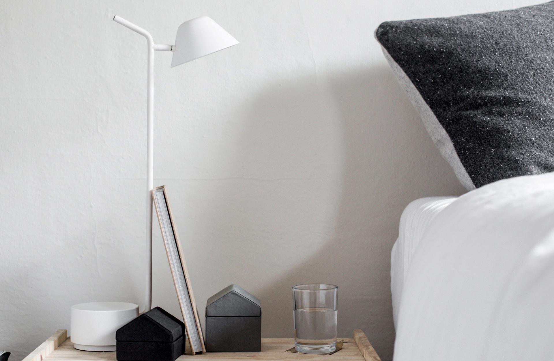 kantoorinrichting: bureaulamp7