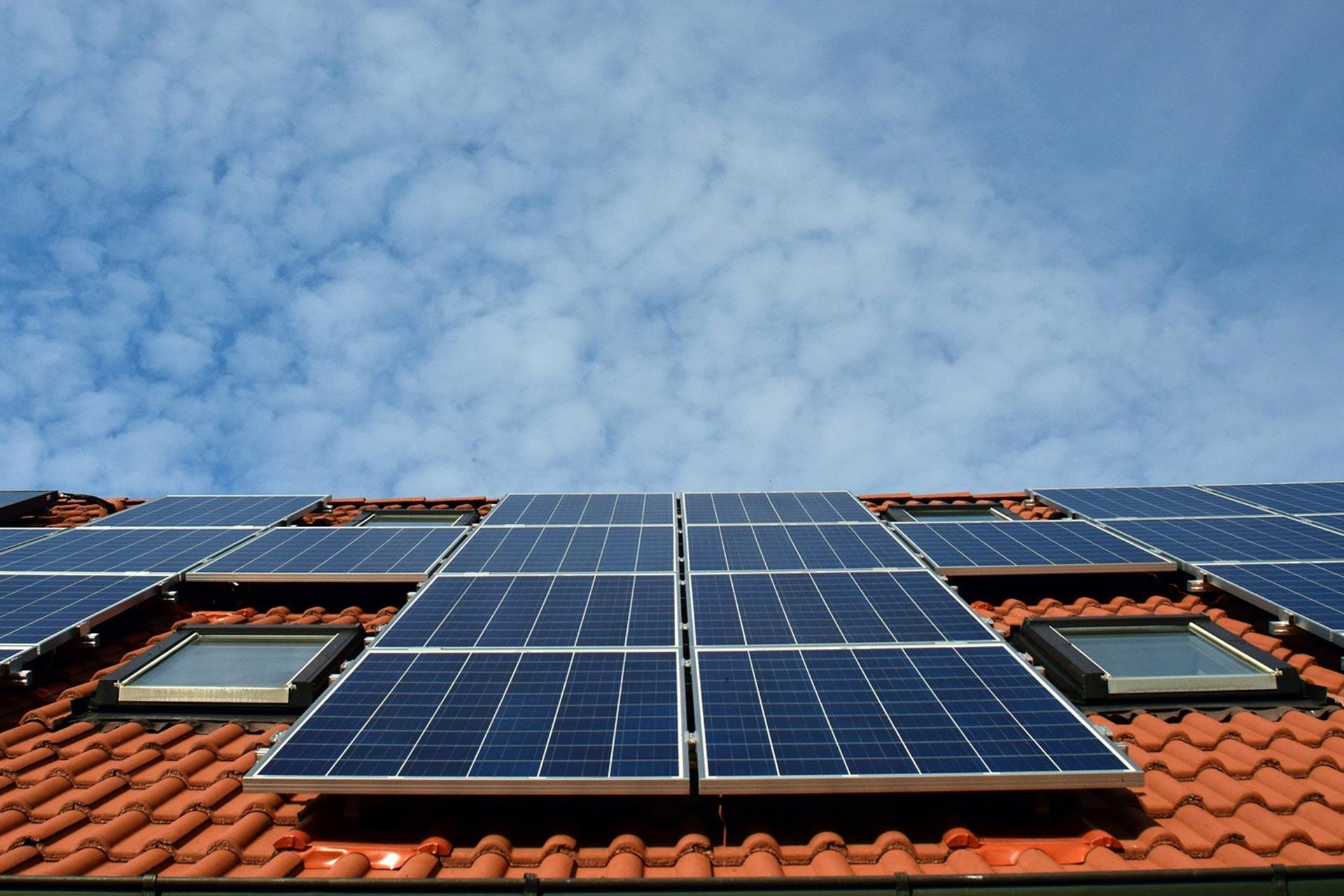 Totaalrenovatie: onderhoud zonnepanelen