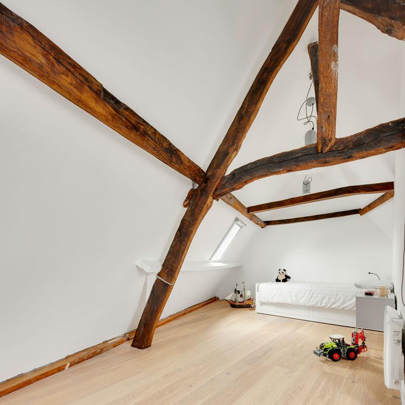 Zolderkamer inrichten met mooi maatwerk 4