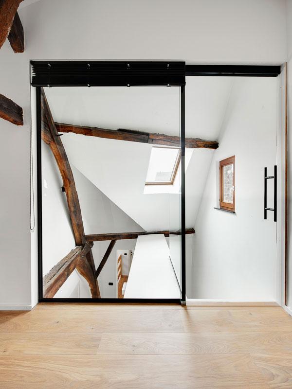 Zolderkamer inrichten met mooi maatwerk 11